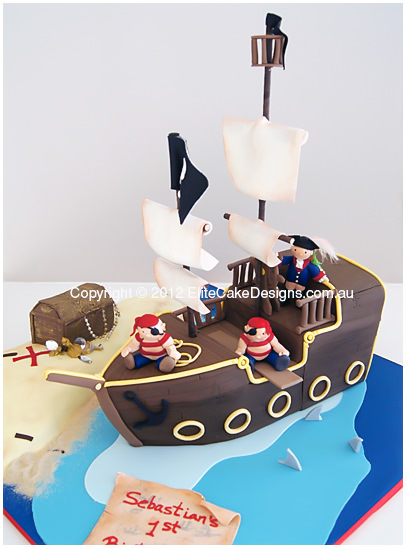 Kids Pirate Ship Cake