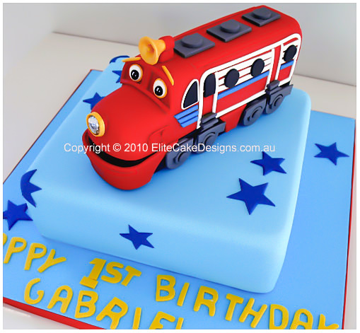 Chuggington Wilson kids birthday cake