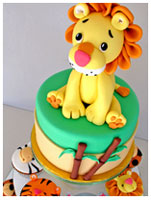 Lion Safari theme cupcakes