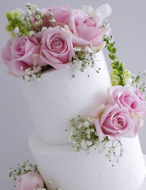 Rustic Wedding cake with pink roses Hunter Valley